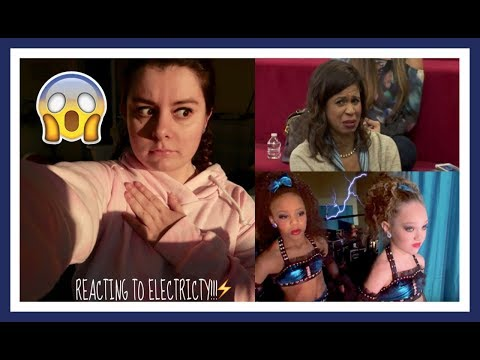REACTING TO THE ELECTRICITY GROUP DANCE!!