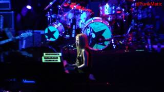 Avril Lavigne - Stop Standing There - Live São Paulo Brasil 28-07-2011 HD by @PunkMatic