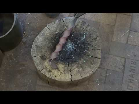 blacksmithing technique - a few different twists in iron