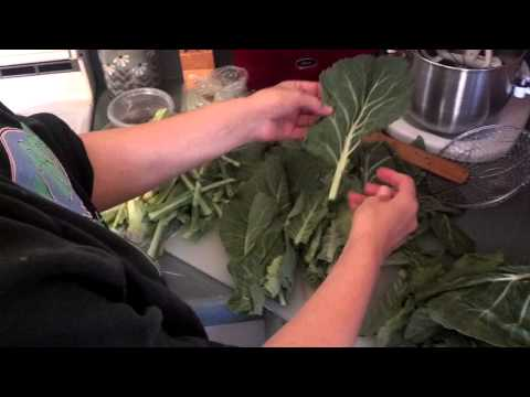How to Clean Collard Greens and Kale