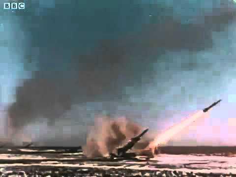 Видео: Солженицын призывает Конгресс США к ядерной бомбардировке СССР