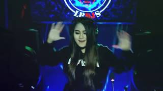 DJ MENGALAH Remix Cover (cut zuhra) Dan Terpaksa Ku Harus Merelakan - Putik Sky Music Video LBDJS