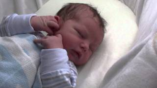 Baby Lukas 8 Tage Alt