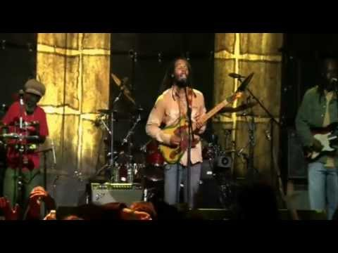 """Ziggy Marley - """"Is This Love"""" (Live)"""