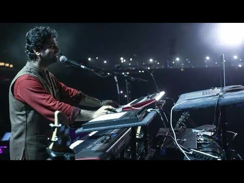 ARIJIT SINGH 🎶 Produces Music during LIVE PERFOMANCE at Kolkata HD