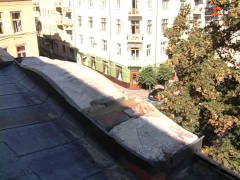 На Львівщині злодій проник до будинку, розібравши дах thumbnail