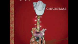 Watch Brad Paisley Kung Pao Buckaroo Holiday video