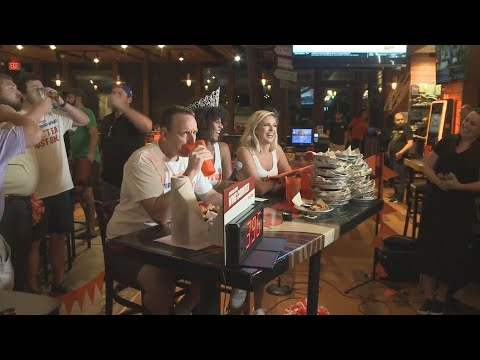 Anne Erickson - Man Eats 413 Chicken Wings on National Chicken Wing Day
