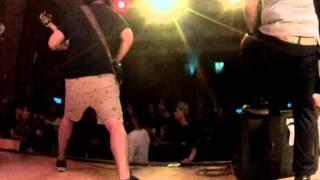 Uprising Fest 2014 - Upon Arrival El Sol Brilla Para Todos
