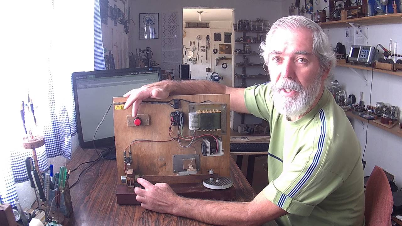 e6021cd0605 Motor Eletromagnético Feito com Sucata - YouTube