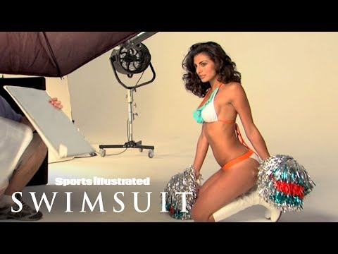 Miami Dolphins' Cheerleader Ireivy Guerra Shows You Her Team Spirit | Sports Illustrated Swimsuit