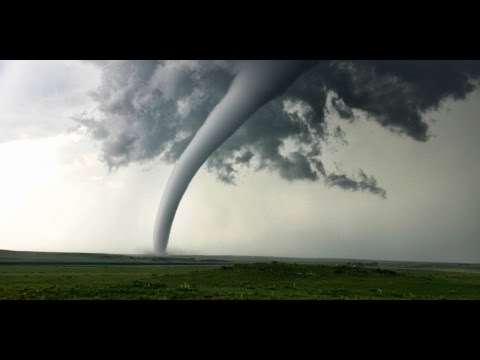 Tornado in the California Central Valley (Latest)