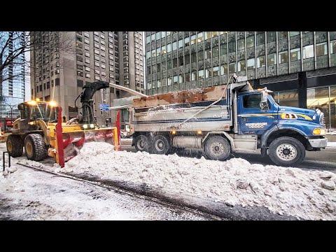 Epic Snow Removal - City Of Montreal, Quebec, Canada Winter 2020 Déneigement à Montréal, Hiver 2020