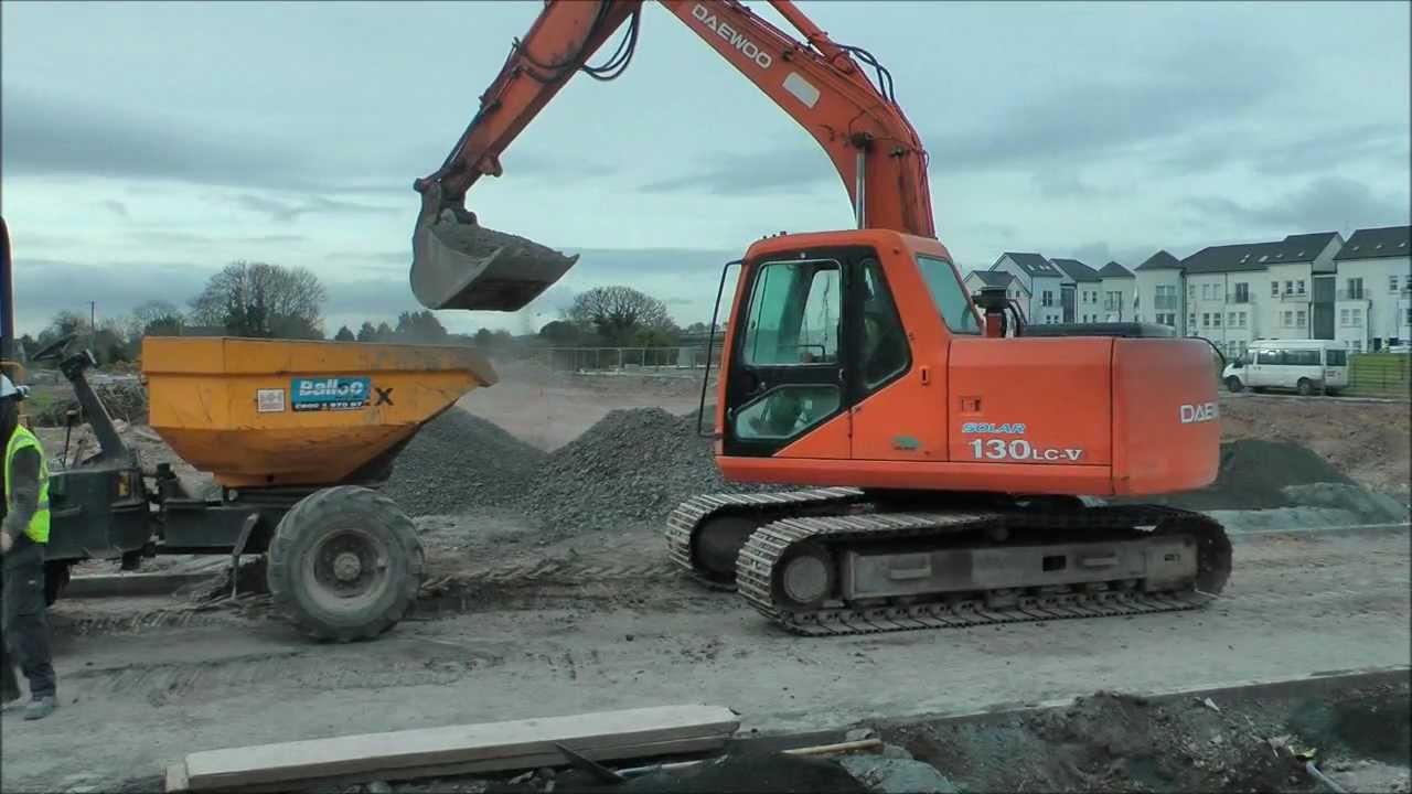Daewoo excavator - YouTube