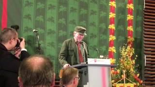Dietmar Wischmeyer teilt beim 60. Ollnborger Gröönkohl-Äten in Berlin kräftig aus