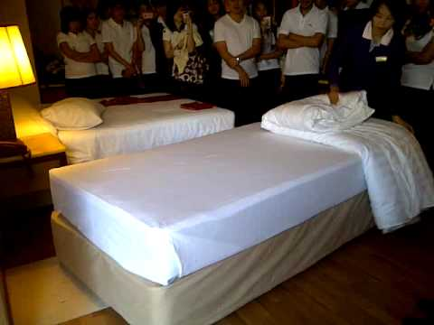 bed making process in housekeeping 2