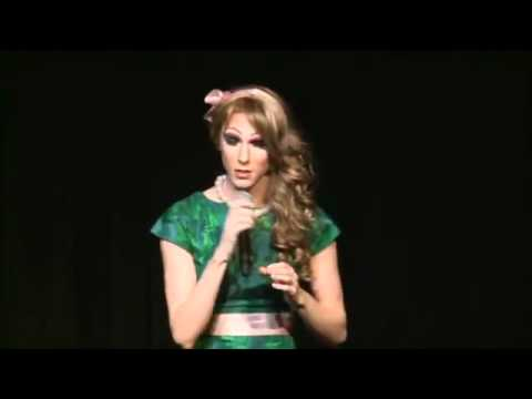 Drag Queen Sings LIVE