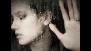 Melina Aslanidou & Antonis Remos - Tetarti vradu / Ασλανίδου & Ρέμος - Τετάρτη βράδυ (2013 + lyrics)
