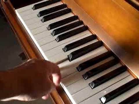 カワイピアノ CU-4EA(中古ピアノ) 提供:ぴあの屋ドットコム