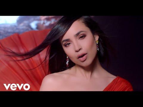 """Sofia Carson canta """"Ciclo Sin Fin"""" de El Rey León"""