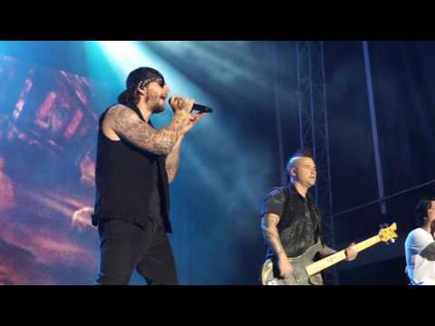 Avenged Sevenfold - Bat Country + A Little Piece Of Heaven + Unholy Confessions Rock USA 2017
