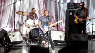 "Raphael Saadiq: ""Heart Attack"" - Radio City Music Hall New York, NY 1/28/12"