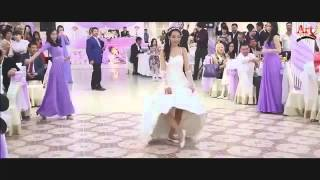 Подарок невесты жениху2 online video cutter com