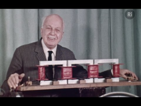 Electromagnetic Waves - with Sir Lawrence Bragg