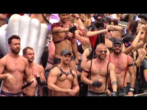 Amsterdam Gay Pride 2018, Canal Parade (14/33) - Mr. B Leather & Rubber