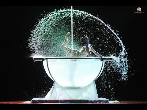 "Original Waterbowl Act : ""Let's Pool&Pole"""