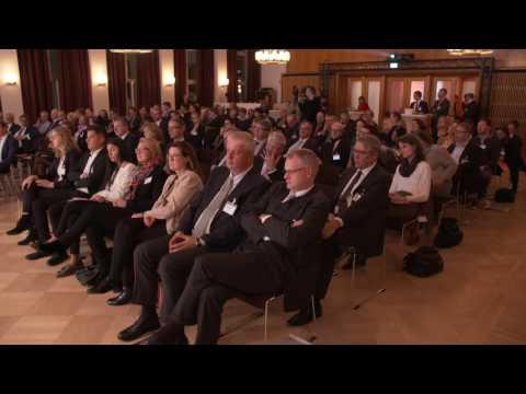 REFLEXIONEN / 3. November 2016 - Dr. Hans-Walter Peters, Präsident des Bankenverbandes