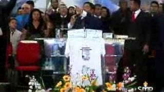 PR. GILBERTO FERNANDES MINISTRANDO NO GIDEÕES 2010!