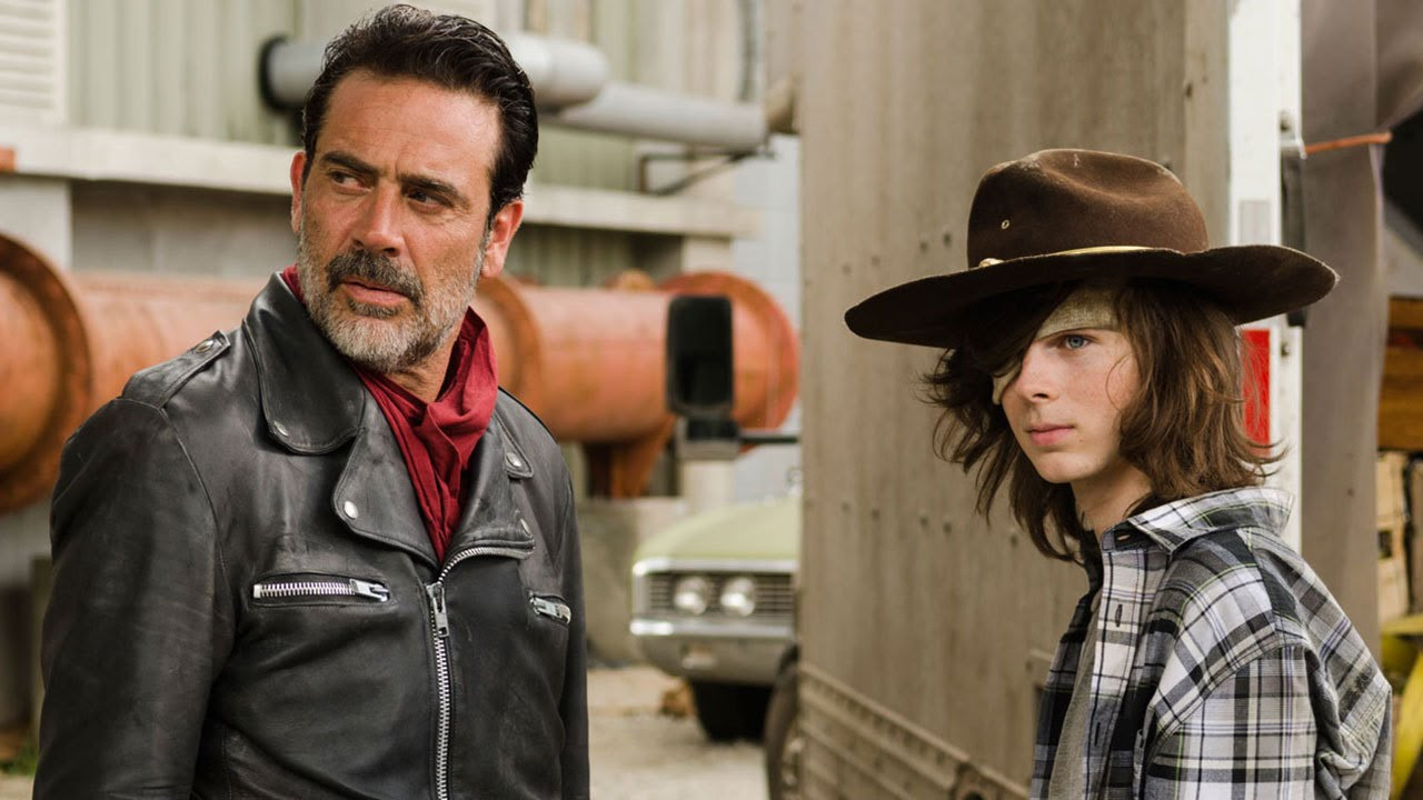"'Walking Dead' Stars Preview ""Gut-Wrenching"" Midseason Finale"