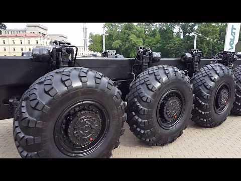 Выставка 65 лет Минскому заводу колесных тягачей