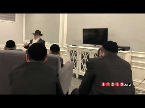 WOW: Boro Park Teens Hear Chabad Chassidus