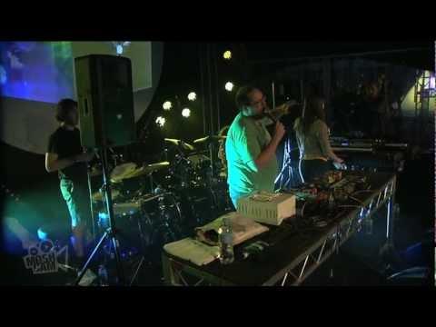 Dan Deacon Ensemble - Intro/Get Older (Live at Sydney Festival) | Moshcam