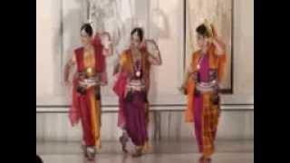 Download Ashtanayika by Odissi Ashram's Students choreographed by Guru Giridhari Nayak MP3 song and Music Video
