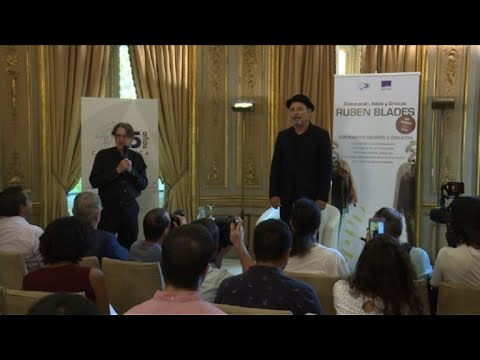 "Rubén Blades ""suspende giras de salsa"" y plantea futuro político"