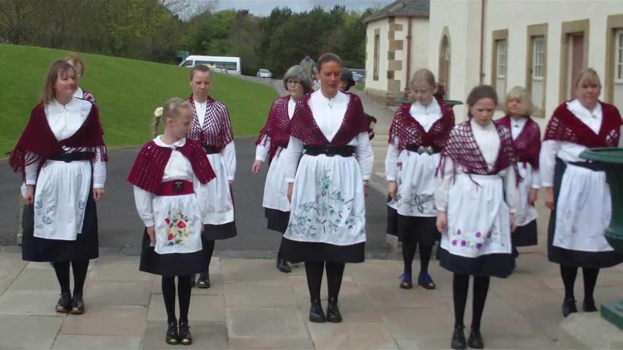 Coventry Morris. Byker Hill. Clog Dance - video dailymotion