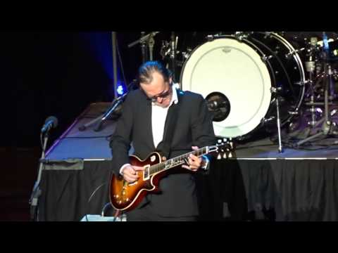Joe Bonamassa  The Valley Runs Low  Perth Concert Hall  25th September 2016