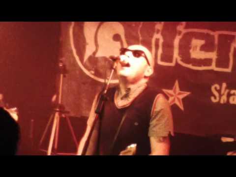 The Offenders (Skapunk Italien) Harsh Reality Live @ Bamberg 2015