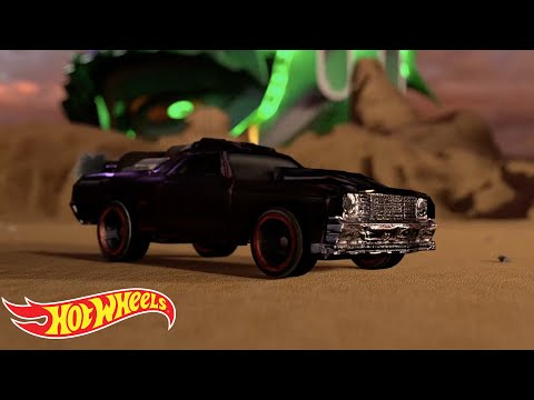 Hot Wheels: Jumps, Tracks, and Cars | Hot Wheels