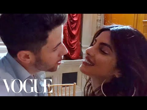 "Priyanka Chopra Dances to Nick Jonas's Song ""Close"" 