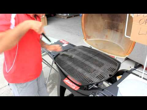 Weber Gas Grill Won't Light Solutions - YouTube