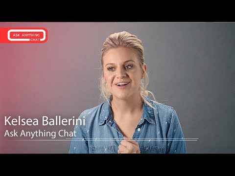 Kelsea Ballerini Tells Us Her Female Country Idols & What Her