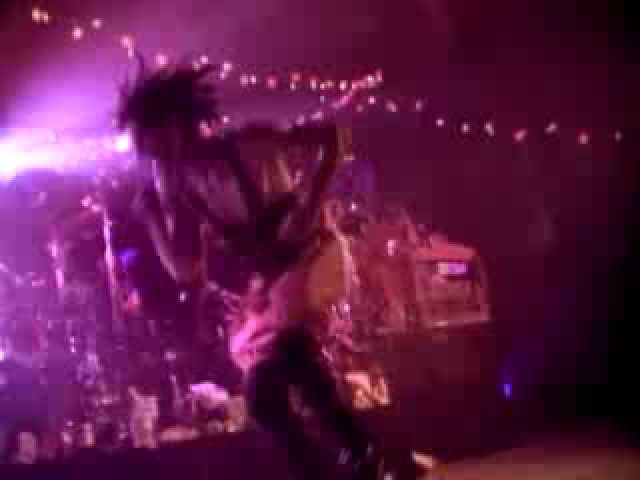 janes-addiction-aint-no-right-video-warner-bros-records