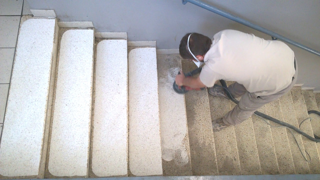 Rénovation D Un Escalier En Granito Youtube