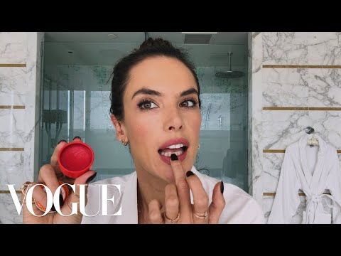 Alessandra Ambrosio's Guide to Beachy Brazilian Beauty | Beauty Secrets | Vogue