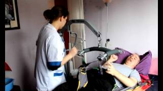 Lève-personne pour transfert lit/fauteuil Birdie compact d'Invacare (patient lifting hoist )