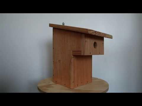 nichoir balcon nichoir pour oiseaux fabrication artisanale fran aise en bois youtube. Black Bedroom Furniture Sets. Home Design Ideas